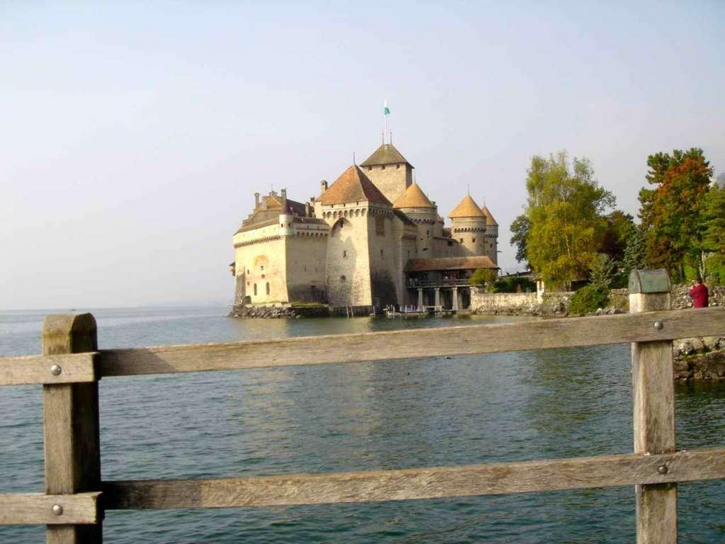 Castillo de Chillón y barandilla