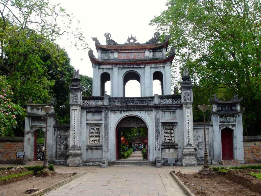 El Templo de la Literatura o Van Mieu en Hanoi
