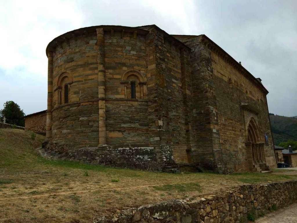 La Iglesia de Santiago en Villafranca del Bierzo