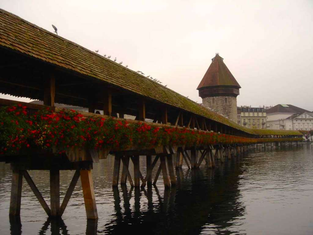 puente en Berna, Suiza. 10 curiosidades sobre Suiza.