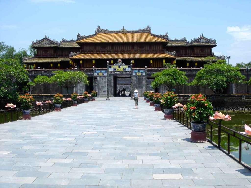 Fortaleza y Palacio Hue. Ciudad fortificada. 10 curiosidades sobre Vietnam.
