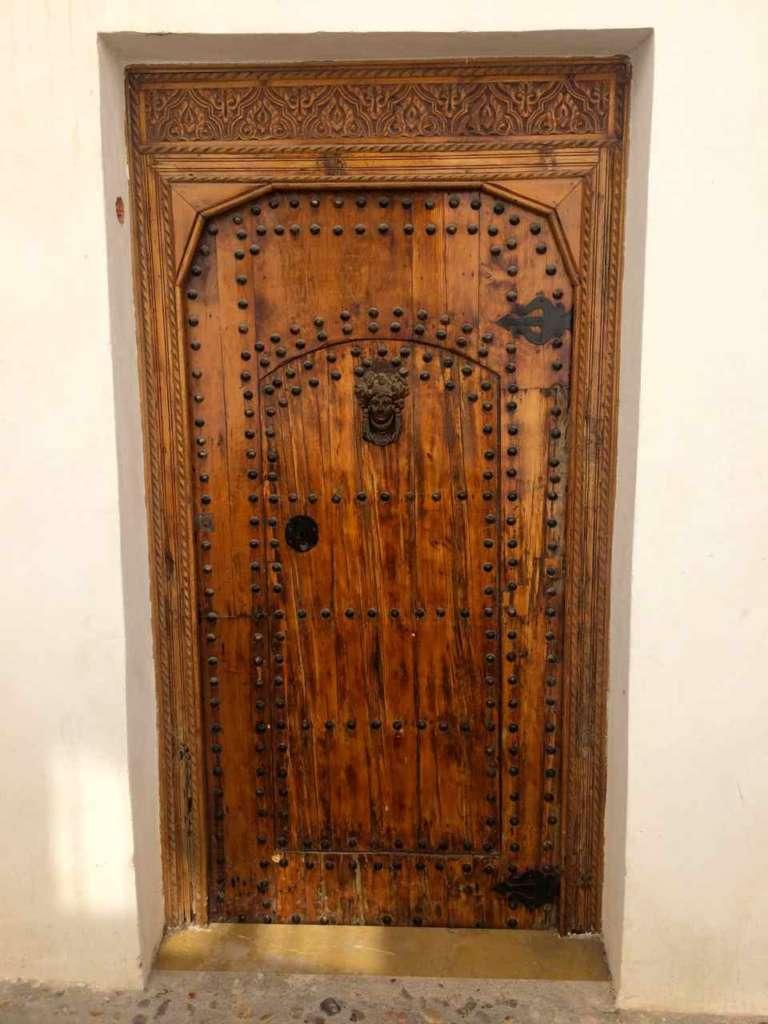 Puerta. El casco antiguo de Altea en Alicante (España)