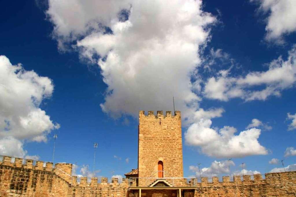 Torre que sirvió de cárcel y mazmorra de Macías el Enamorado